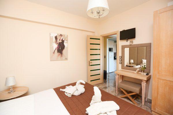 2-Bedroom-Apartments-Theodora-Studios-Kolios-Skiathos6