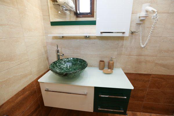 2-Bedroom-Apartments-Theodora-Studios-Kolios-Skiathos9